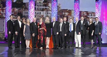 LeadingRE Awards group photo