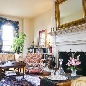 Montrose Farm - Living Room