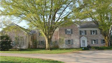 This three-story, all brick colonial home has seven bedrooms, five fireplaces, spectacular gardens, a seven-stall barn, greenhouse and tenant's house located on 172 beautiful rolling acres with streams, ponds and woods.
