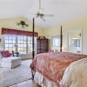 1072 Woodstock - Master Bedroom