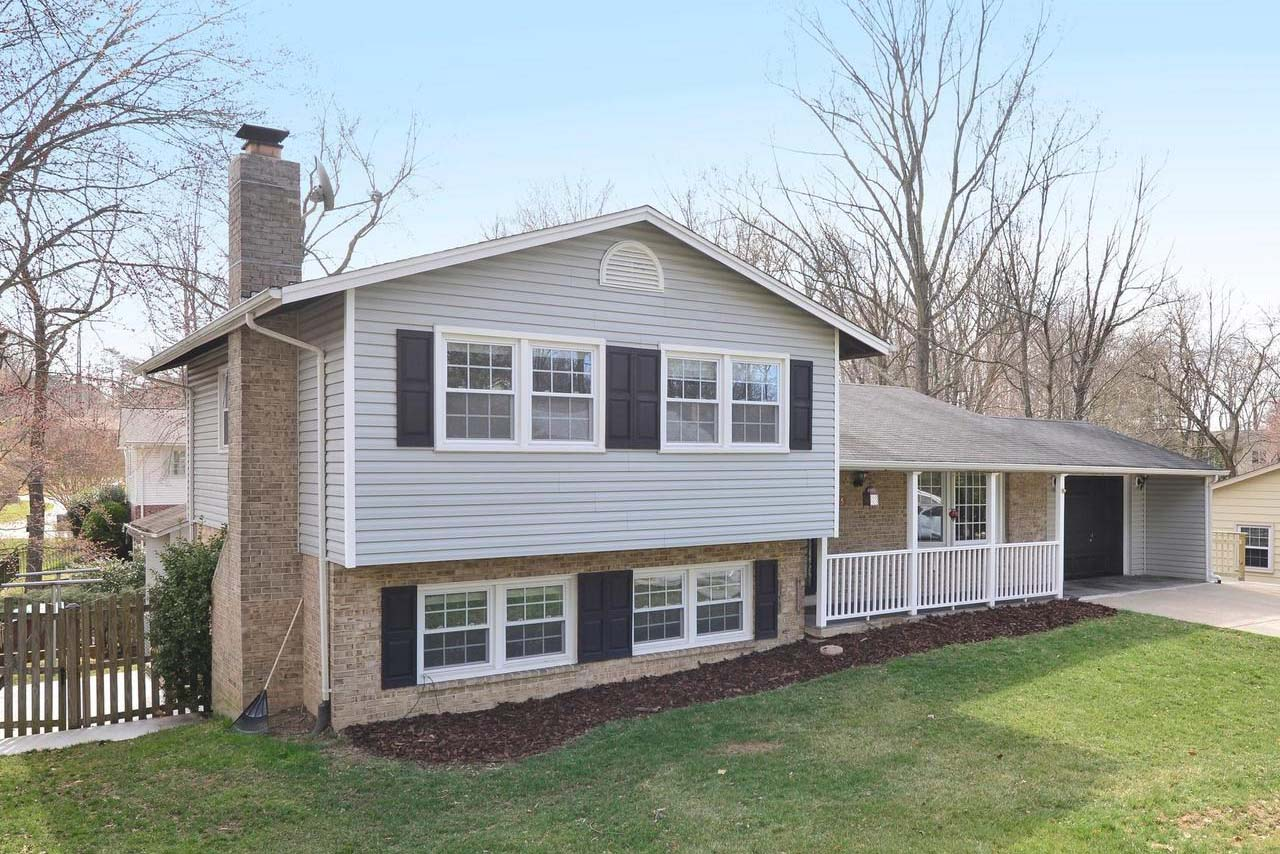 This 1972 Split Level in Alexandria, Virginia, is listed by Long & Foster Agent Brad Kintz.